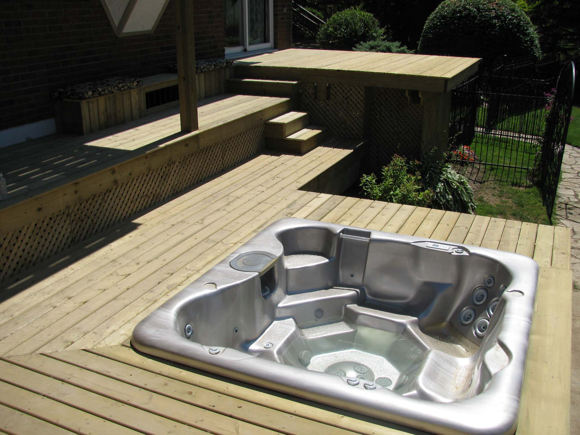 wooden spa deck france biozz high red in o bois manufactured low key integrated tub products hot cedar made